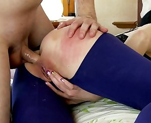 Hot and naighty MILF Damaris fucking hard with younger stud