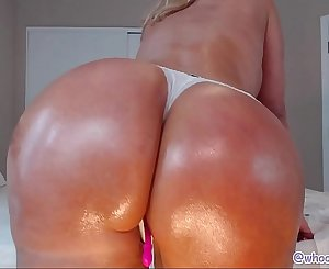 Ass Shaking Dirty dancing Hot Mummy